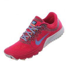 Su diseño femenino y totalmente deportivo esta construido con malla transpirable con tecnología Dynamic Fit que se acomoda a tu pie con un soporte ligero. #Nike