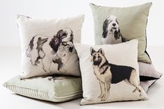 Having recently moved into a new pad we find ourselves easily excited by anything home-related so as soon we laid eyes on Nikki Szabo's stand at this weekend's Discover Dogs, we rushed over to paw 'Mad About Dogs' collection.