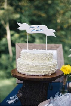 white ruffle wedding cake | cake topper | navy and yellow wedding | #weddingchicks