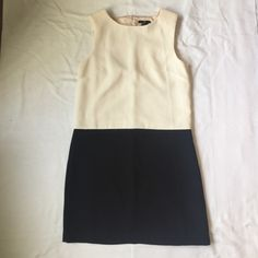 H&M color block dress NWOT Simple and elegant slip on dress, slightly padded on shoulders, runs small H&M Dresses Mini
