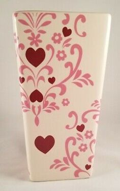 ProFlowers Valentine's Vase Ivory inches high, 4 inch top and 3 inch bottom. Flower Vases, Flower Arrangements, Diy Painted Vases, Flowering Vines, Organic Form, Red Hearts, Shell Art, White Vases, Diy Painting