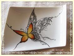 plat papillon jaune et dentelle