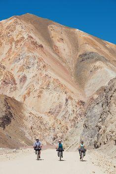 Argentina/Chile: Pircas Negras, Paso de Agua Negra & Cerros de Mendoza – Highlux Photography Mendoza, Sea Level, Campsite, Small Towns, Touring, Grand Canyon, Scenery, Landscape, Black Water