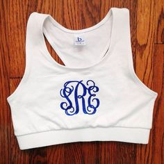 monogrammed sports bra Athletic Fashion, Athletic Wear, Athletic Clothes, Cheer Sports Bras, Diy Monogram, Monogrammed Ideas, Preppy Style, My Style, Embroidery Monogram