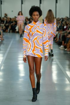 SS 17 Show Look 17 - Emilio Pucci Official Website
