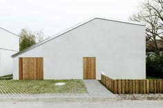 Low Budget Brickhouse
