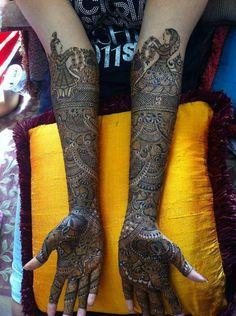 Afreen Mehndi Artist, Bridal Mehndi Artist in Mumbai Indian Mehndi Designs, Mehndi Design Pictures, Mehndi Designs For Girls, Unique Mehndi Designs, Wedding Mehndi Designs, Beautiful Henna Designs, Mehndi Designs For Hands, Mehndi Images, Beautiful Mehndi