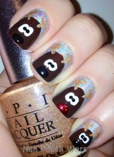 aww rudolph #nails #manicure