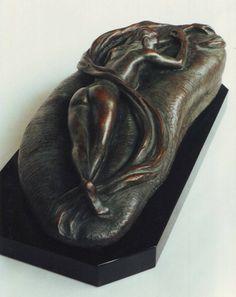 Ragazza che dorme 1998, bronzo http://musapietrasanta.it/content.php?menu=le_imprese