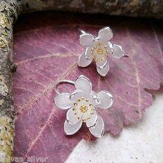 Ohrringe mit teilvergoldeten Blüten, 925 Sterling Silber