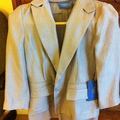 Simple Vera blazer Light grey very nice material Vera Wang Jackets & Coats Blazers