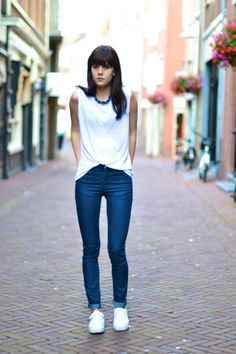 Real Women(No Models) blue jeans outfit to Try This Year0211