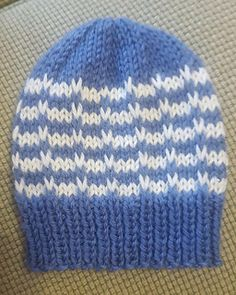 Ravelry: Duet Baby Hat pattern by marianna mel Baby Hats Knitting, Free Knitting, Knitted Hats, Baby Hat Patterns, Baby Knitting Patterns, Newborn Hats, Ravelry, Free Pattern, Colours