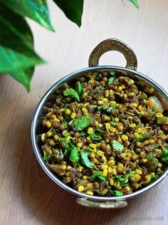 Moong Usal Recipe - A Popular Maharashtrian Dish with sprouted green beans, onions, and spices. This vegetarian dish needs minimum chopping and can be ready in 15 minutes. Super healthy alternative to a salad. Sprout Recipes, Veg Recipes, Curry Recipes, Indian Food Recipes, Cooking Recipes, Healthy Recipes, Bhaji Recipes, South Indian Vegetarian Recipes, Indian Foods