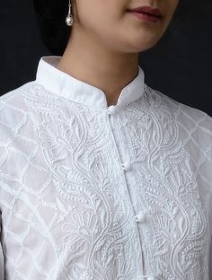 White Chikankari Button Down Cotton Kurta by Jaypore Churidar Neck Designs, Salwar Designs, Kurta Designs Women, Kurti Designs Party Wear, Neckline Designs, Dress Neck Designs, Designs For Dresses, Blouse Designs, Kurti Sleeves Design