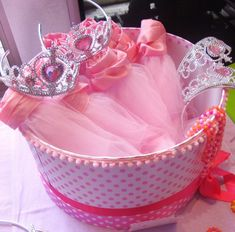 Tutus and tiaras | CatchMyParty.com
