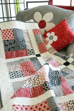 Sew Little Time by Kimberly Jolly for It's Sew Emma, featured in Quilters Newsletter's Best Fat Quarter Quilts 2012