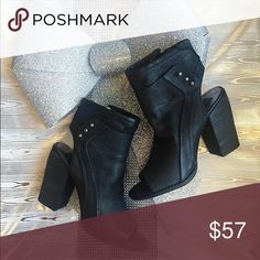 Dolce Vita Niki Booties NWT & Box Dolce Vita Shoes Ankle Boots & Booties