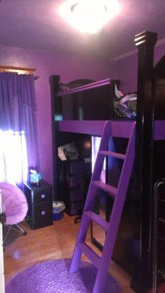 Children's Loft bed. Desk, Shelves and closet