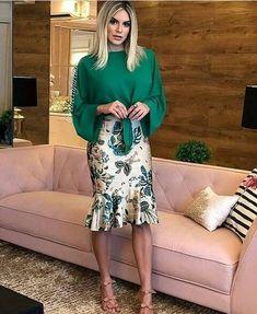 Inspiração divina . . . . . . #charmecrista #lookdodia #modaevangelica #tumblr #estilocristão #modagospel #digitalinfluencer #girls #happy #like4like #likeforlike #tendencia #likeforfollow #inspiração #moda #look #style #ccb #ccbblogger #moda2017 #fashionista #fashion #happy #boanoitee