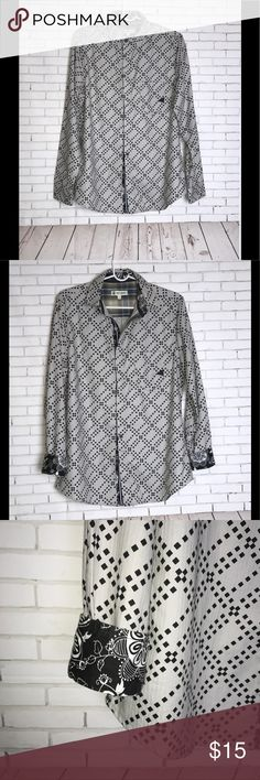 Smash Gray/Black Long Sleeve Shirt Size Small Smash Gray/Black Long Sleeve Shirt. Flip Designed Cuffs in Size Small. Geometric Print Shirts Dress Shirts