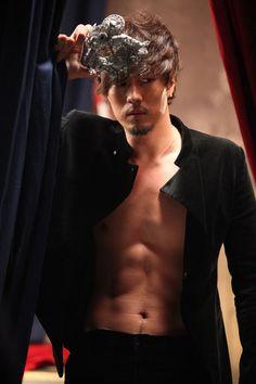 ♥ Totally So Ji Sub 소지섭 ♥: [Article] So Ji Sub, rap like how he looks