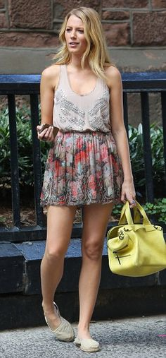 Raising temperatures and her hemline! Blake Lively displays her endless legs as she shoots scenes for Gossip Girl