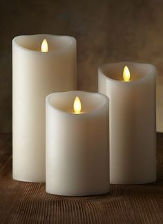 "Luminara Candles - Love these, look so real! CLASSIC PILLAR CANDLE Authentic wax Available in 3"", 3.5"" and 4"" diameters Available in 4"", 5"", 6"", 7"", 8"" and 9"" heights Available in vanilla & cinnamon scents 5-hour on / 19-hour off timer Requires 2 C batteries for 3"" diameter product (not included) Requires 2 D batteries for 3.5"" and larger (not included) Battery life is approximately 500 hours Remote control ready"