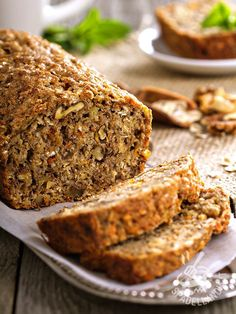 Wholesome yet seductively rich-tasting, this vegan banana bread is quick and easy to make. Serve as a not-too-sweet snack cake, or for breakfast. Vegan Recipes Easy, Italian Recipes, Cooking Recipes, Bread Recipes, Cake Recipes, Focaccia Pizza, Vegan Banana Bread, Cooking Bread, Food Inspiration