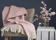 277d20942f Dusky Pink Beehive Throw - The British Blanket Company Dusky Pink Bedroom