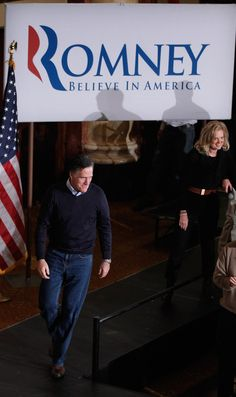 Mitt Romney Ann Romney Photos: Romney Holds Campaign Rally In Des Moines On Caucus Day