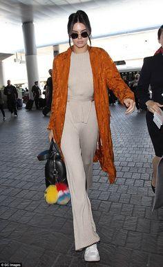 Kendall Jenner | fashionlove.com.au
