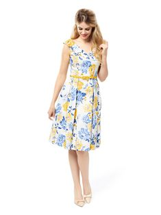 Pop Of Sunshine Dress Floral Fashion, Fashion Colours, Vintage Fashion, Women's Fashion, Girly Outfits, Dress Outfits, Fashion Dresses, Stylish Dress Designs, Stylish Dresses