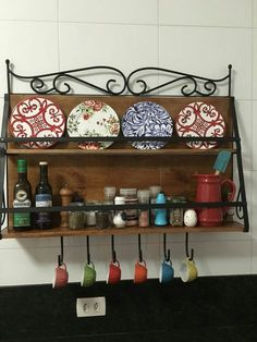 Prateleira de temperos e porta pratos - Galo Artes e Antiguidades