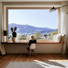 Inspiration Déco – Une maison de famille avec vue sur les collines autrichiennes Do you need inspiration? Come and discover our new article filled with original photo A family house with a view of the Austrian hills Sometimes it's the… Continue Reading → Home Interior Design, Interior Architecture, Interior And Exterior, Interior Stylist, Interior Design Magazine, Scandinavian Home, Scandinavian Windows, My Dream Home, Beautiful Homes