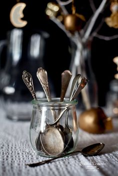 Dessert spoons in glass jars,simple,practical and artful..