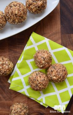 NO BAKE PUFFED RICE BALLS Healthy, wholesome, all-natural, gluten-free treats for breakfast or as a grab n' go snack for packed lunches! Find the recipe at: http://www.bitesforbabies.com/recipes/no-bake-puffed-rice-balls/