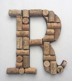 Hanging Wine Cork Letter / Wine Cork Initial / Home Decor / Wine cork monogram / House warming gift / Bar decor / Kitchen decor / Wall decor Wine Cork Monogram, Wine Cork Letters, Wooden Letters, Wine Cork Jewelry, Wooden Initials, Wine Cork Crafts, Wine Decor, Cork Ideas, House Warming