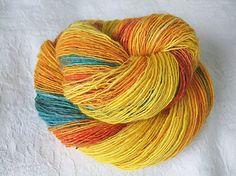 Highlights - bfl wool, alpaca, silk - single thread handspun shawl yarn  105gr 383m