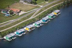 Projeto de habitações em Maasbommel, na Holanda,apresenta modelos de construções anfíbias (Foto: Getty Images)