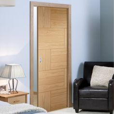 Single Pocket Ravenna Oak Flush Panel Door.  #internalpocketdoor #internalmodernslidingdoor #oakcontemporarypocketdoor