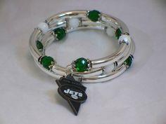 Football fan bracelet  New York Jets by poshandplayful on Etsy, $30.00