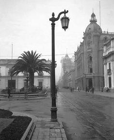 EDIFICIO DE LA INTENDENCIA Y ACTUAL PLAZA DE LA CONSTITUCION 1927.