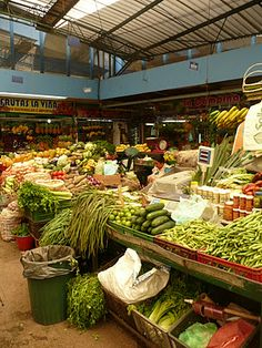 MERCADO PLAZA DE PALOQUEMAO, BOGOTÁ Shop Around, World Market, Plaza, Farmers Market, Around The Worlds, Shops, Marketing, Food, Colors