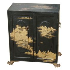 Japan Early A Japanese export lacquered table cabinet with carved & gilded feet & five internal drawers Japanese Furniture, Oriental Furniture, Antique Furniture, Cool Furniture, Painted Furniture, Furniture Design, Chinese Design, Asian Design, Decoration