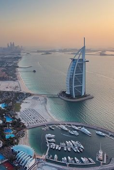 The Burj Al Arab | Photographer Daniel Cheong