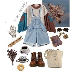 """13.3 mil Me gusta, 35 comentarios - Alternative outfits (@grungelookbooks) en Instagram: """"#fashion#style#grungetumblr#grunge#softgrunge#hipster#hippie#urban#goth#gothic#ootd#punk#outfit#alternative#style#clothes#trend#band#acdc#pale#denim#ripped#drmartens#creepers#overalls#streetstyle#pale#pastel#styling#inspirational"""""""