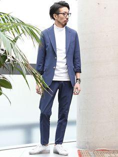 カジュアルセットアップスタイル。 通常 アウトドアに使用されるバックピケ生地は、薄手ながら丈夫、ス Smart Casual, Fasion, Suit Jacket, Blazer, Jackets, How To Wear, Shopping, Clothes, Beauty