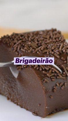 Fun Baking Recipes, Sweet Recipes, Snack Recipes, Dessert Recipes, Cooking Recipes, Brazillian Food, Twisted Recipes, Miniature Food, Diy Food