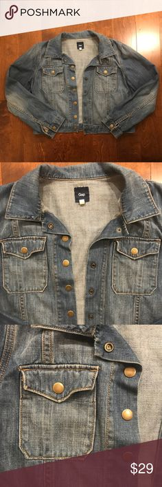 🎉NEW LISTING🎉 Gap Jean jacket Gently worn Jean jacket from gap. Features two button pockets and a button up front. In excellent condition. Size XL, but fits more like a M/L.   Brand: Gap Size XL  Make me an offer!  If you have any questions, please do not hesitate to ask! Thanks for stopping by my closet :) GAP Jackets & Coats Jean Jackets